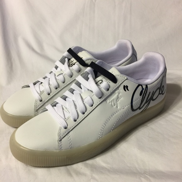 9078518ba53dbb Puma Clyde Signature Ice white leather shoe 4.5